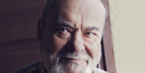 Mor l'actor i director Carles Canut